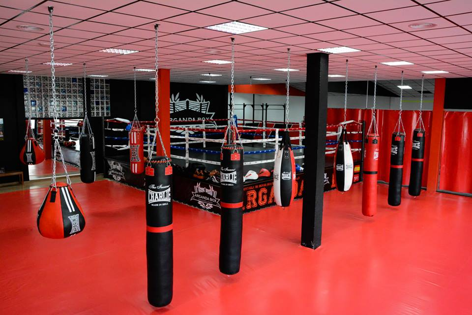 Arganda box gimnasio en arganda for Gimnasio de boxeo